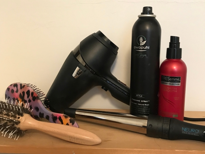 hair-products-curler-hairdryer