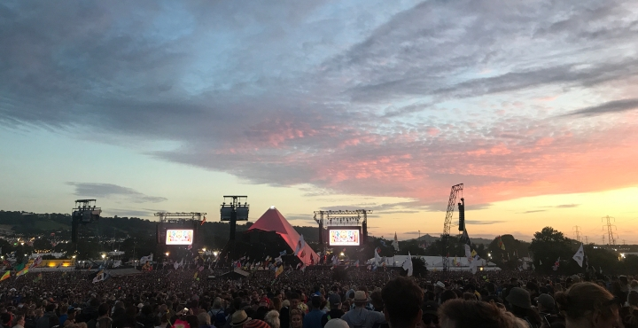 10 thoughts that go through your mind while at Glastonbury