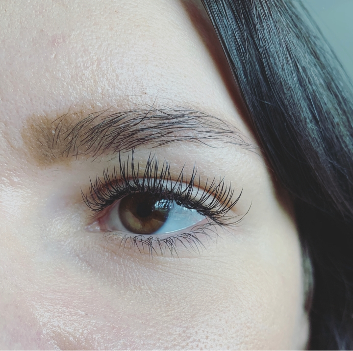 Beauty Review: Eyelash Extensions